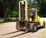 30,000lbs. Hyster H300-A Air-Tired Forklift 3
