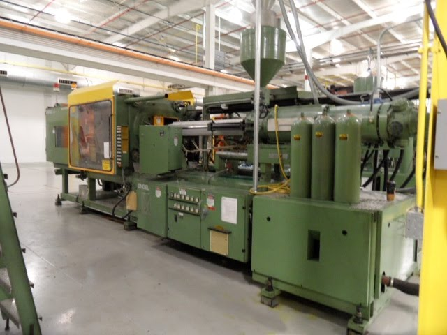 engel injection mold machine