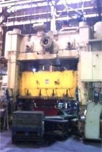 1,000 Ton Verson Straight Side Press For Sale