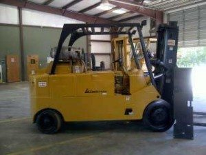 25,000lbs. Royal Forklift 1