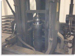 Taylor 30000lb forklift fork truck pic 2