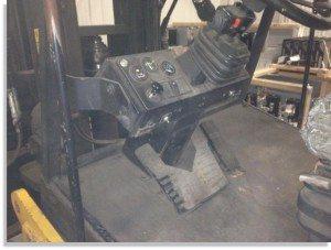 Taylor 30000lb forklift fork truck pic 4