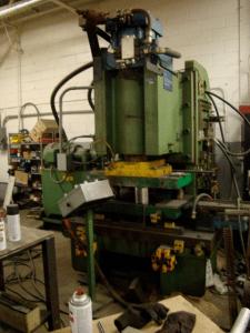 200 Ton Hydraulic Press Steelcase 7