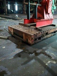 Rolling Bolster Plate 108 x 72 x 17  For Sale