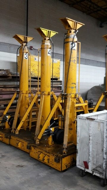 The Hydraulic Crane Is Used To Lift The 1400 : Ton lift systems hydraulic gantry crane for sale