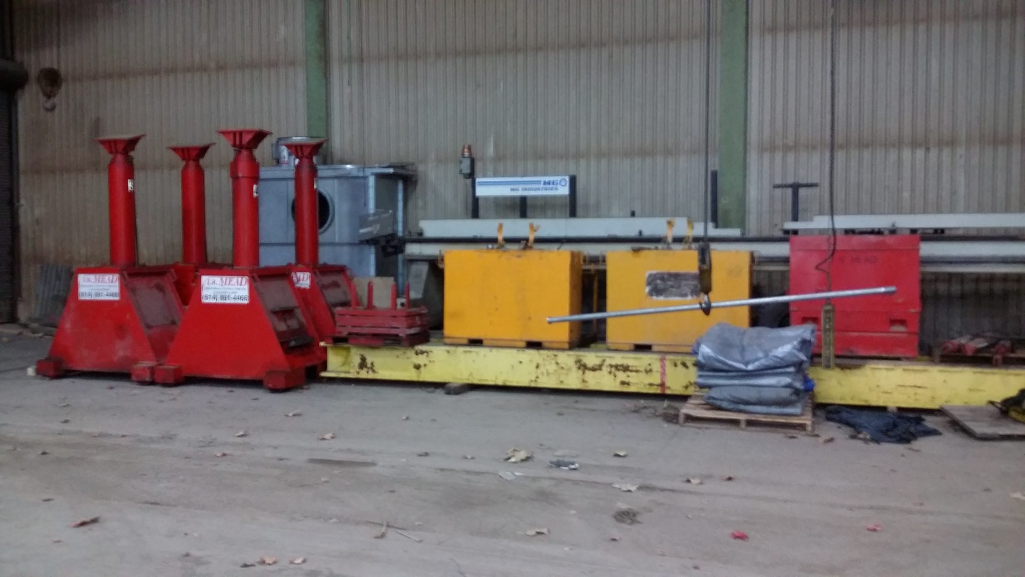 The Hydraulic Crane Is Used To Lift The 1400 : Used lift systems a hydraulic gantry system for sale