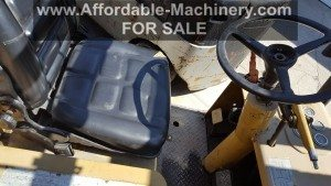 25,000lb. Capacity Cat T250 Forklift For Sale (1)