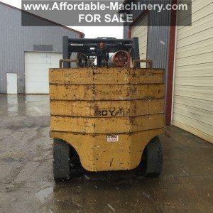 40,000lb. to 60,000lb. Royal Forklift For Sale (1)