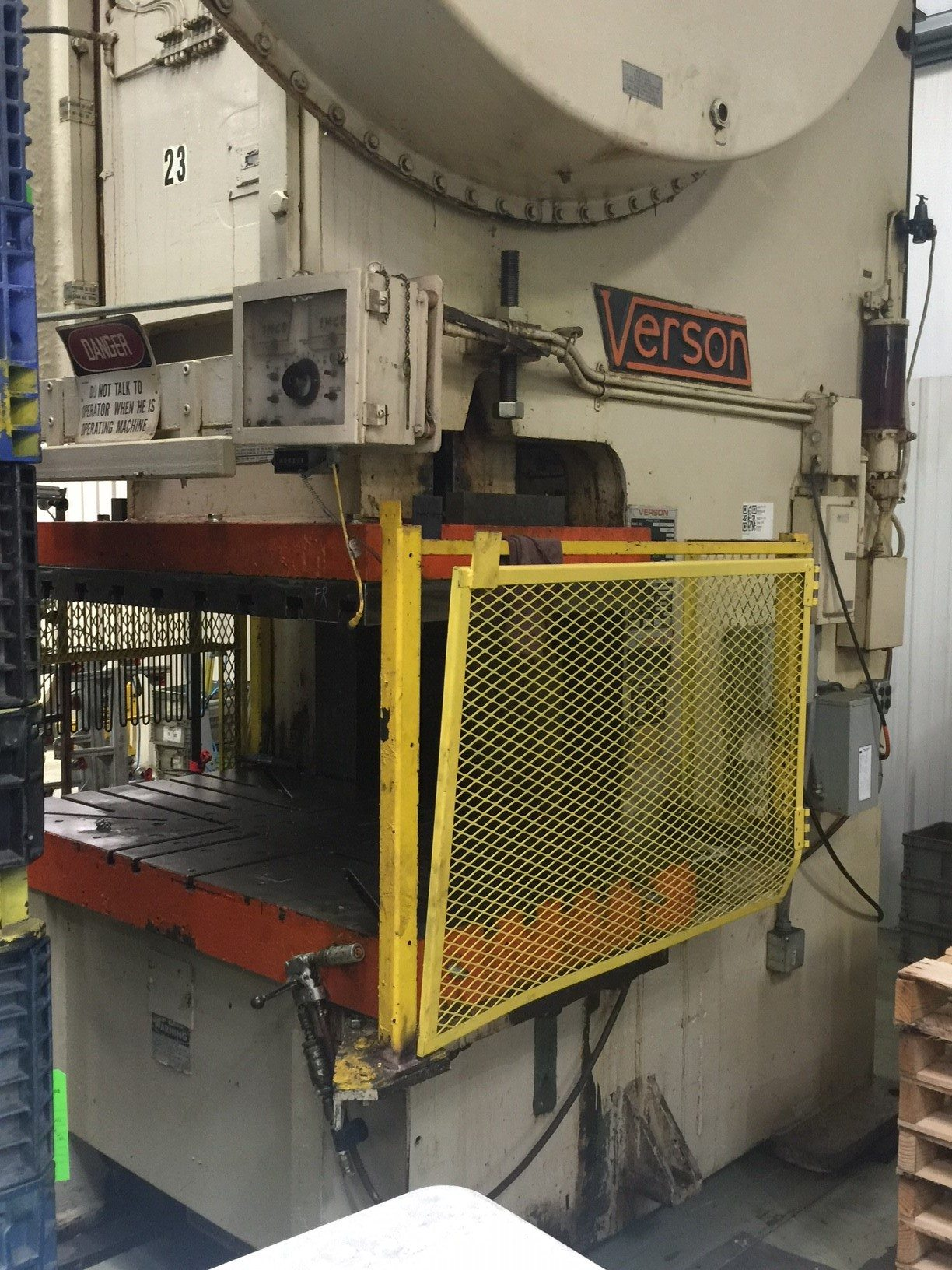 250 Ton Verson Obg Obi Stamping Press For Sale Call