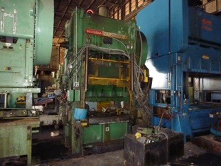 200 Ton Niagara Press - Straight Side Press