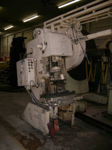 32 Ton Minster Press No. 4 OBI For Sale