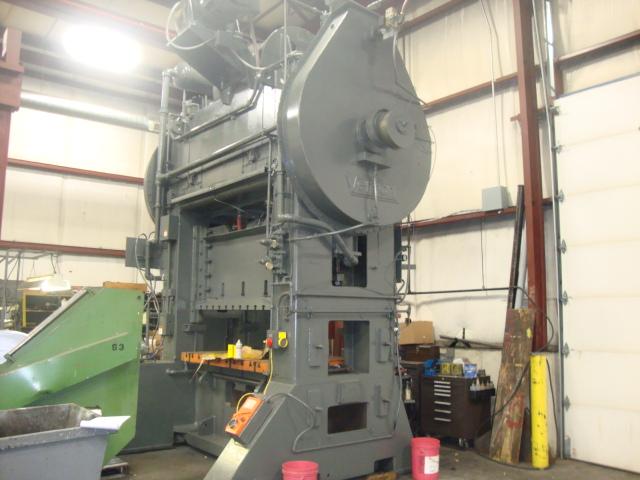 300 Ton Verson Straight Side Press For Sale