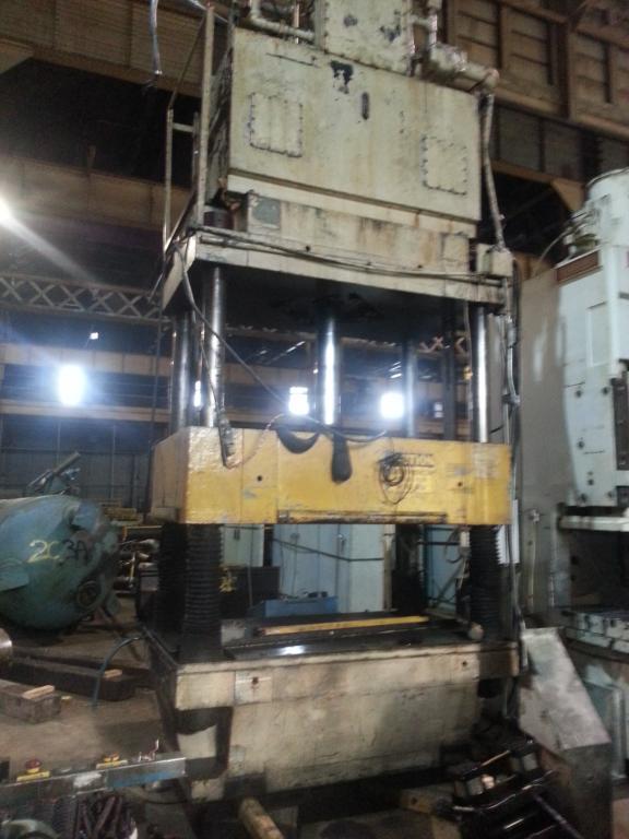 200 Ton Bentler Hydraulic Press For Sale