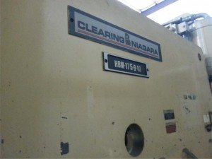 Clearing Niagara Flange Bed Press Brake pic 1