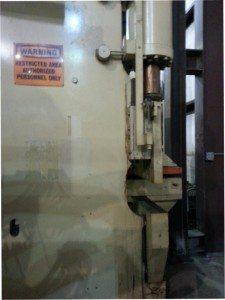 Clearing Niagara Flange Bed Press Brake pic 3