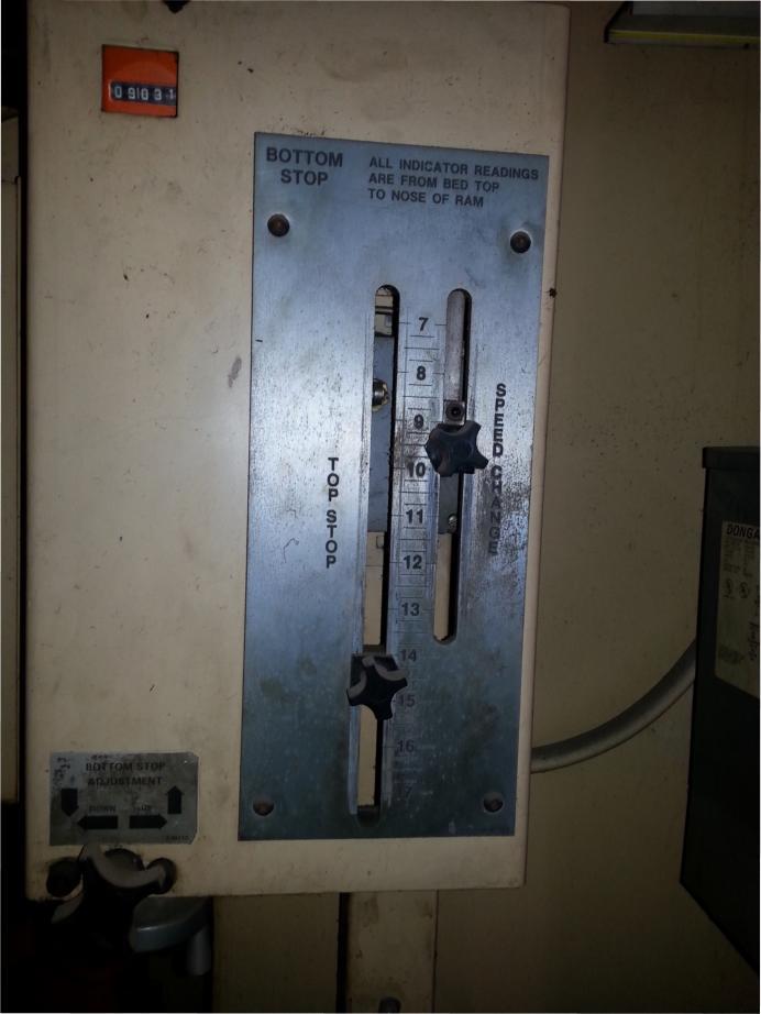 Clearing Niagara Flange Bed Press Brake pic 4