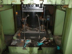 Weingarten 800 Metric Ton Press (10)