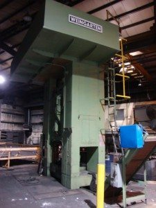 Weingarten 800 Metric Ton Press (9)
