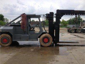 80,000lb Taylor Forklift 7