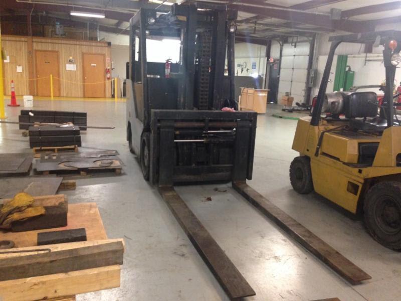 25,000lb. Erickson Forklift 2