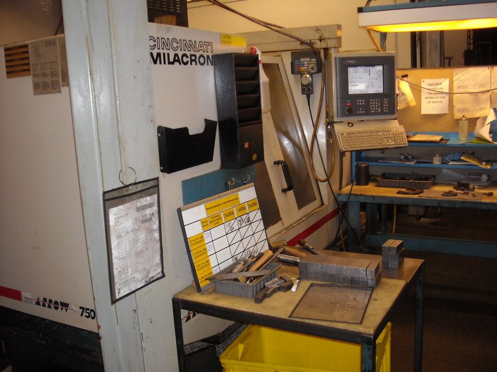 Cincinnati Arrow 750 Machining Center (8)