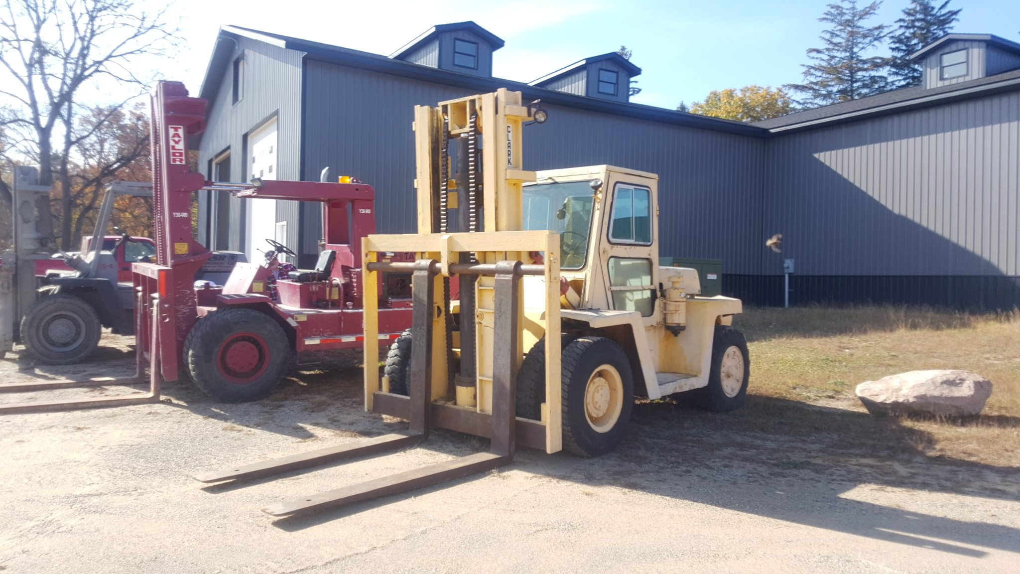 20 000lb Used Clark Forklift For Sale Call 616 200 4308
