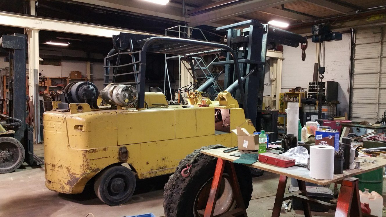 40,000lb. Capacity Cat T400 Forklift For Sale 20 Ton