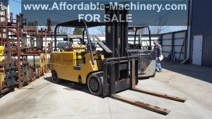 25,000lb. Capacity Cat T250 Forklift For Sale (4)