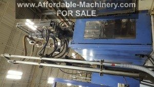 Used 220 Ton Capacity JSW Injection Molding Machine For Sale