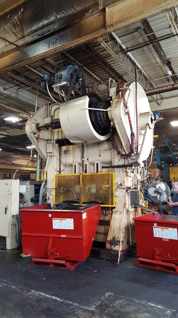 300 Ton Capacity Bliss Straight Side Press For Sale (2)