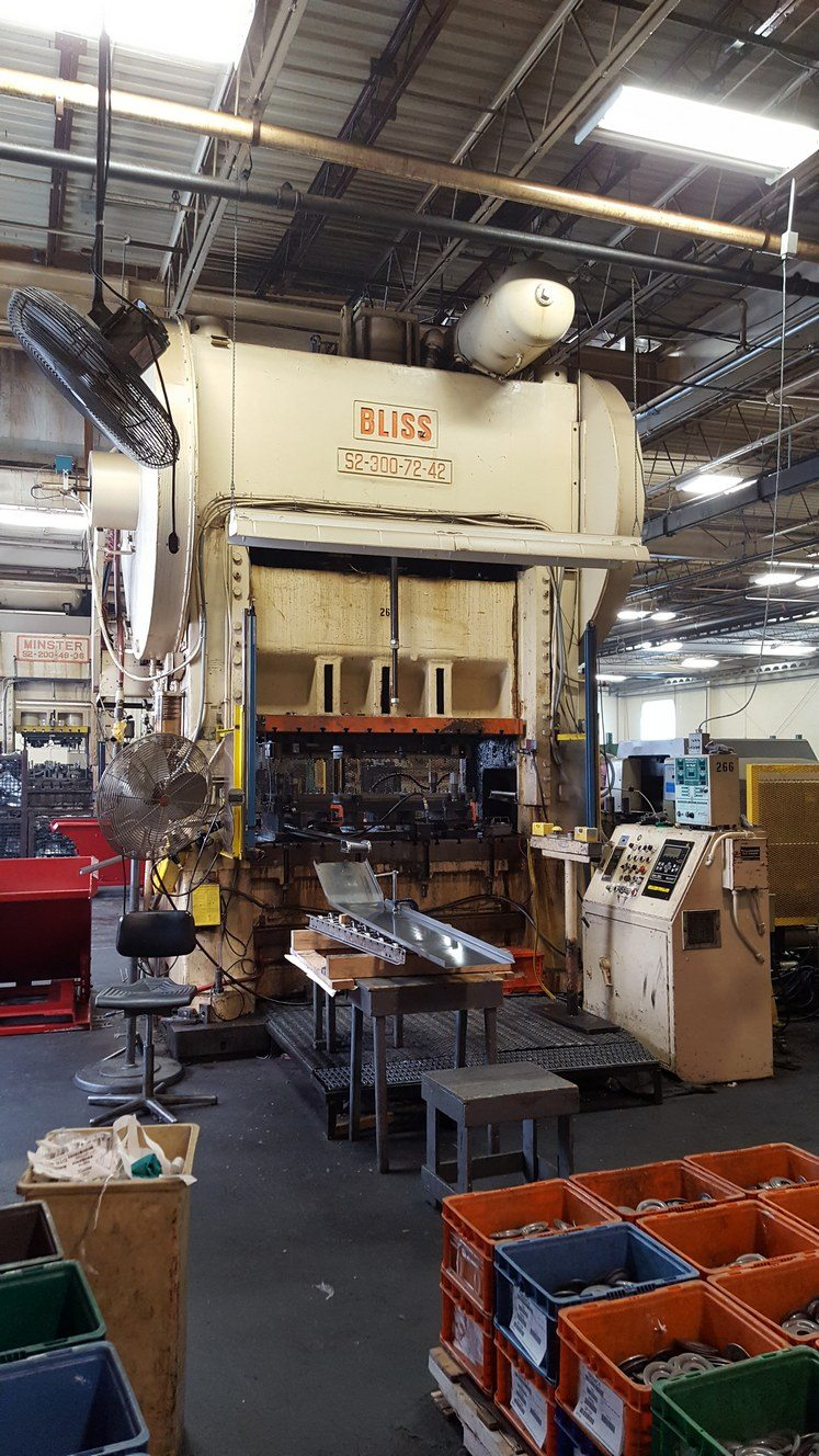 300 Ton Capacity Bliss Straight Side Press For Sale (3)