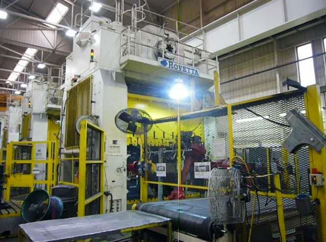 700 Ton Capacity Rovetta Single-Action Press Line (4 Available) For Sale
