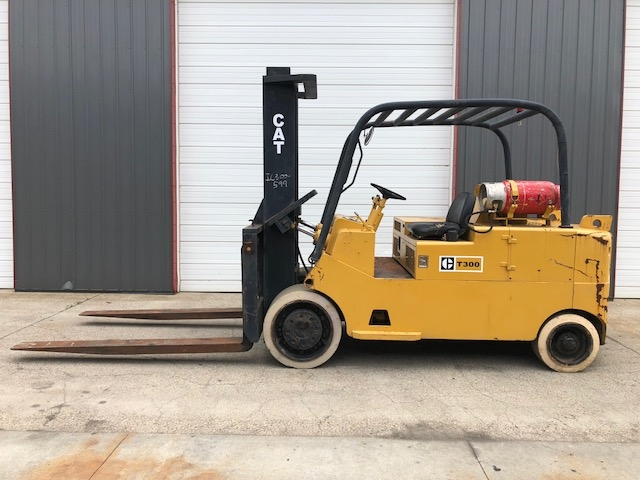 30,000 lb. Capacity Cat Forklift For Sale 15 Ton