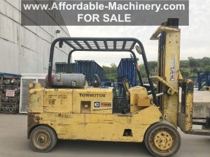 30,000 lb. Capacity Cat T300 Forklift For Sale 15 Ton
