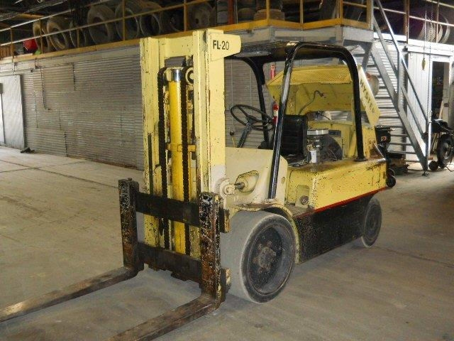 15,000 lb. Capacity Hyster S150 Forklift For Sale 7.5 Ton