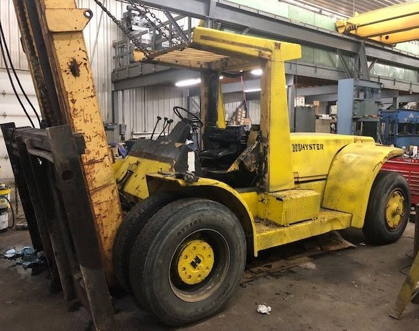 30000lb Hyster H300 Forklift For Sale