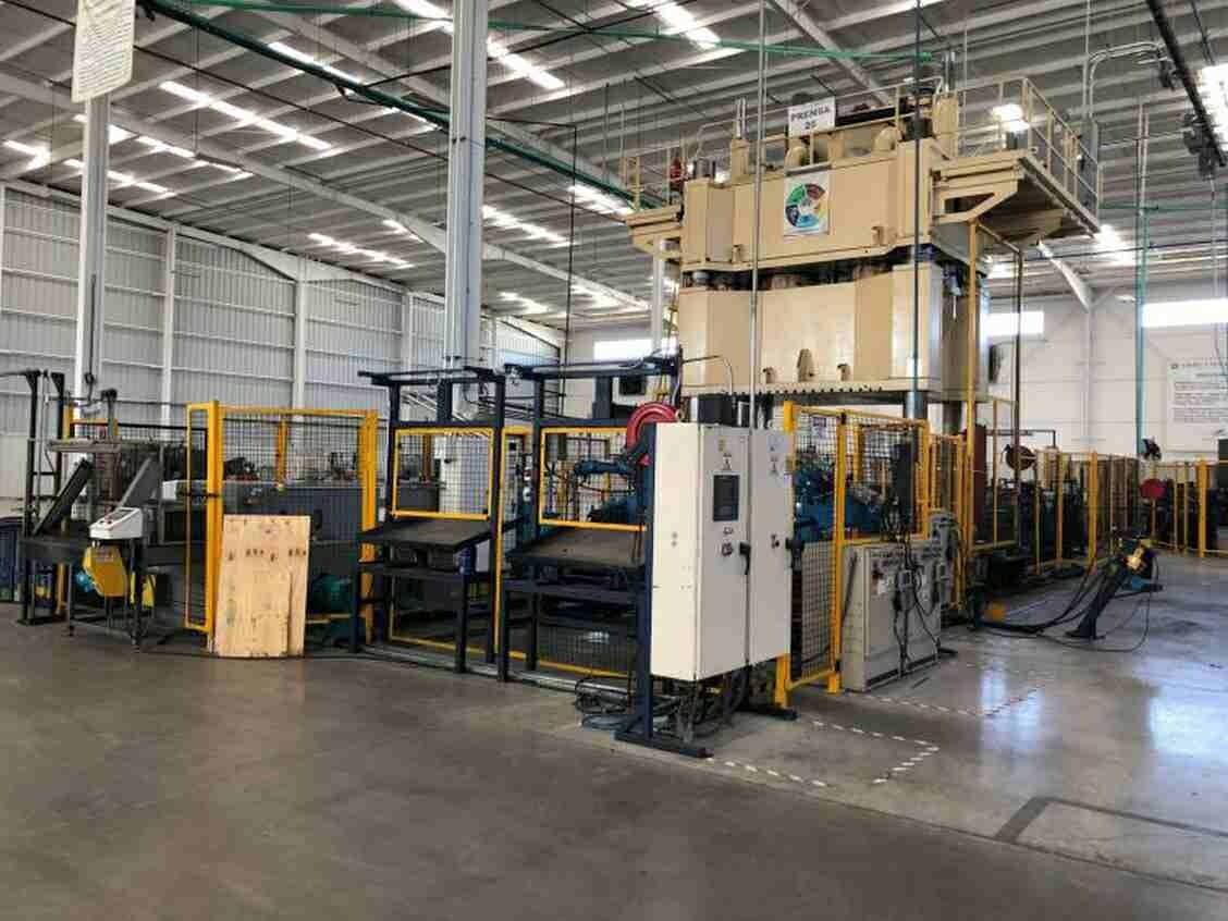 2000 Ton Macrodyne Hydraulic Press For Sale Used