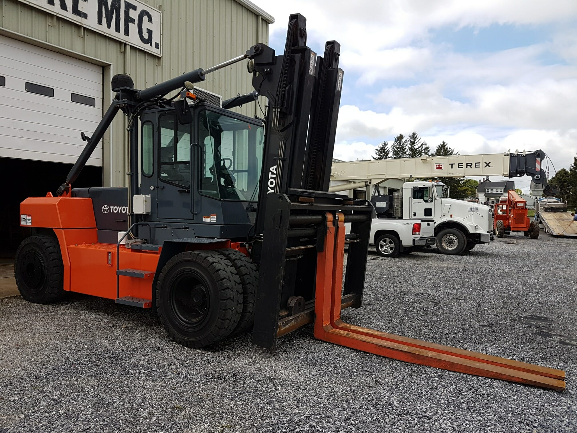 36,000 lb Capacity Toyota THD3600-48 Forklift For Sale 18 Ton